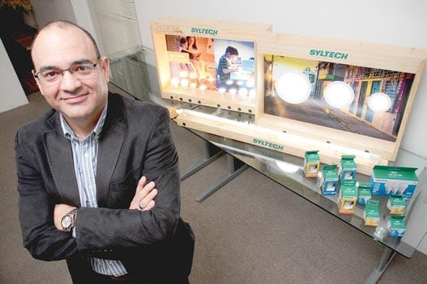 Ticos crearon nueva marca de productos de iluminación