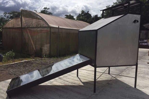 Productores  se benefician con nuevo secador solar