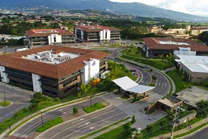 Multifondos compra Centro Corporativo El Cafetal por $127 millones