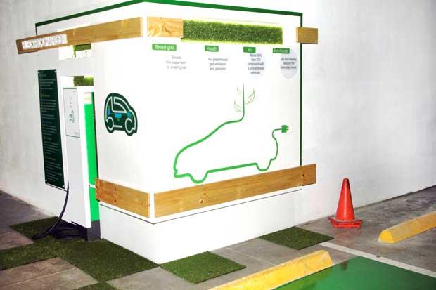 Citi instala estación de carga eléctrica para vehículos de sus colaboradores