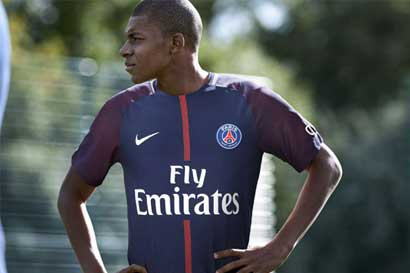 PSG firma préstamo de Mbappé para respetar fair play financiero