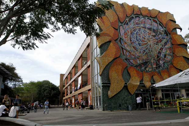 Federación de Estudiantes de la UCR denuncia falta de transparencia en negociación del FEES