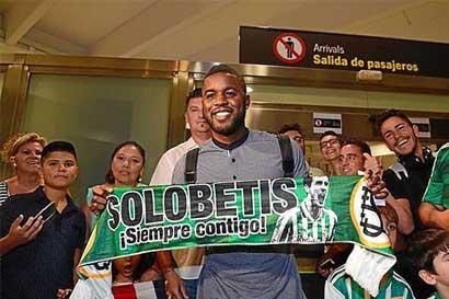 Joel Campbell sumará su sétimo préstamo con llegada al Real Betis