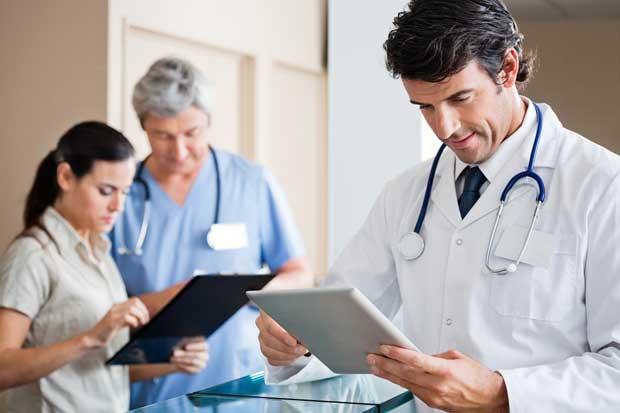 258 médicos iniciaron formación como especialistas