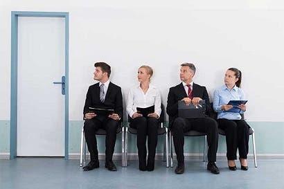 Disminuye cantidad de ticos que cree que el desempleo subirá