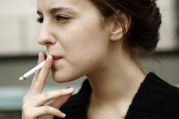 Nicotina sin combustión reduciría riesgos en salud