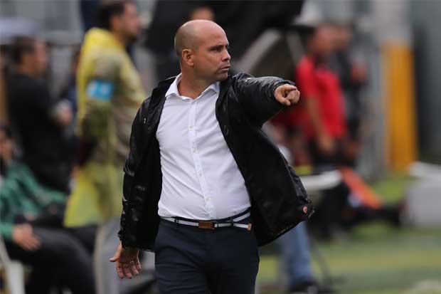 Luis Fernando Fallas no seguirá en el Guadalupe FC