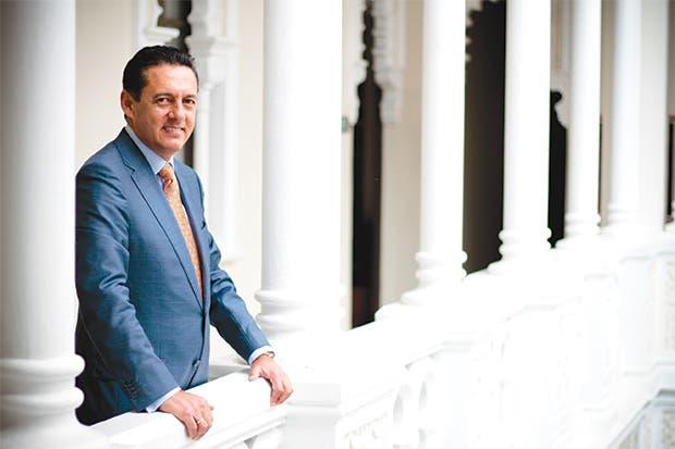 Antonio Álvarez ganaría careo electoral a cualquier rival, según Opol Consultores
