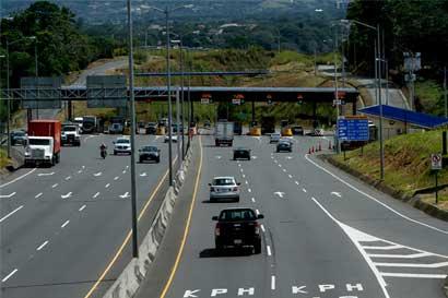"""Lanamme: """"Ruta 27 tiene estándares más altos que muchos otros proyectos"""""""