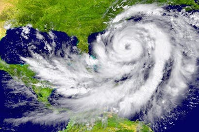 Clientes de Tigo podrían ver afectaciones en servicios por huracán en Florida