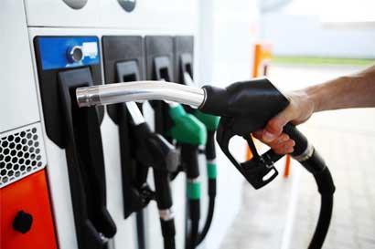 Combustibles aumentarán en octubre por huracán Harvey