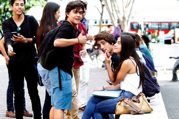 Universitarios se irán a las calles por el FEES