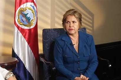 Diputada pide renuncia a junta directiva de Coopelesca