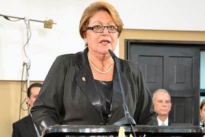 Laura Garro renuncia a su inmunidad