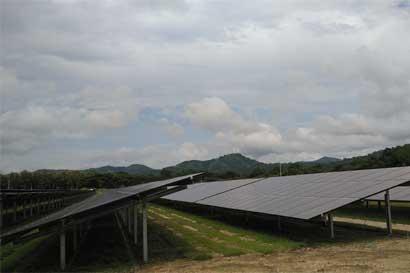 Parque solar más grande de Costa Rica se inaugura en Guanacaste