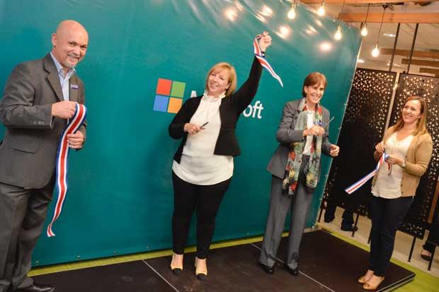 Microsoft busca talento para nuevas unidades de negocios