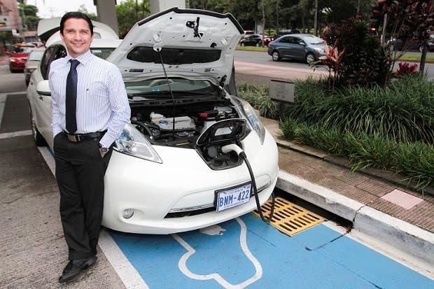 ICE pretende instalar 17 electrolineras para autos eléctricos