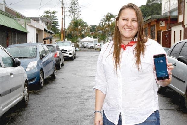 Municipalidades ayudan a encontrar parqueo con app móvil