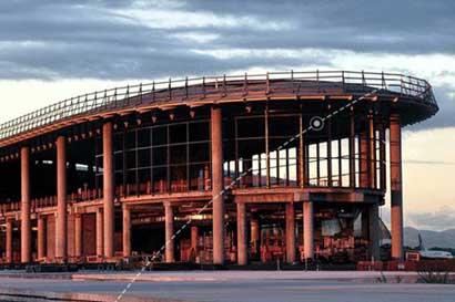 Aeropuerto de Panamá reinicia vuelos
