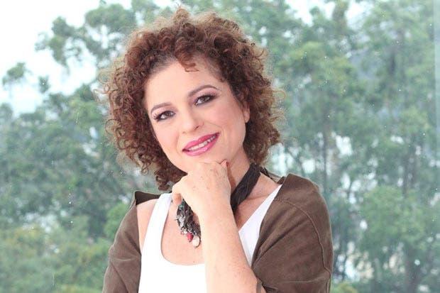 """María Marta López ofrecerá el recital """"Costa Rica es mi voz"""""""