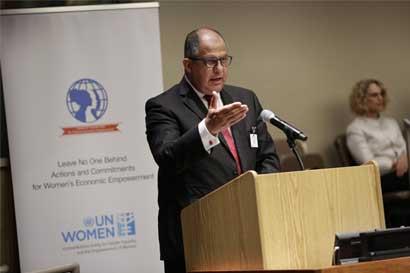 Presidente Solís impulsa en la ONU coalición para igualdad de pago