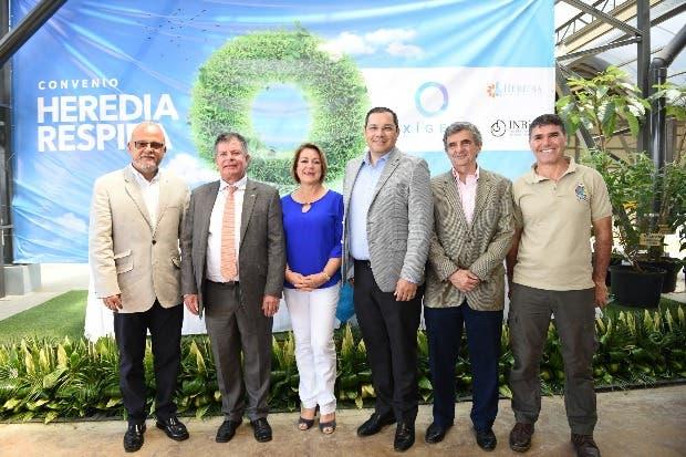 """Iniciativa """"Heredia Respira"""" logrará plantar 20 mil árboles en la provincia"""