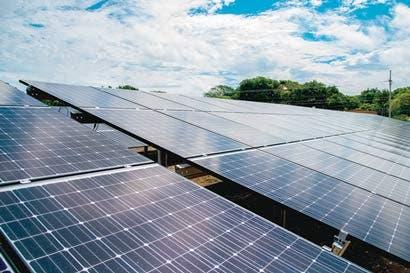 Costa Rica y Japón, socios en el parque solar más grande del país