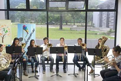 Niños de Desamparados se preparan para dar su primer concierto