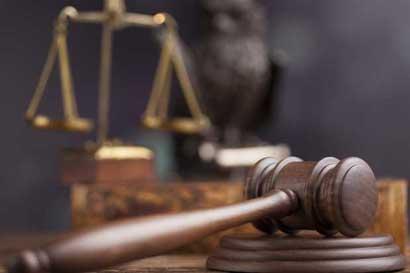 Sala Constitucional rechaza recursos contra comisión que investiga créditos del BCR