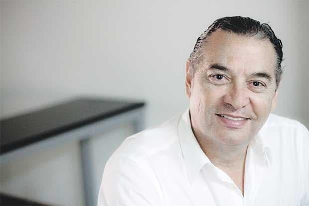 Electo Roberto Thompson como candidato a diputado por Alajuela