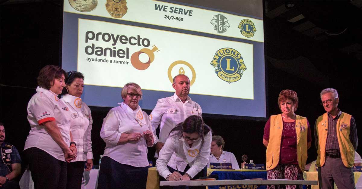 Club de Leones firmó acuerdo que beneficiará a jóvenes con cáncer