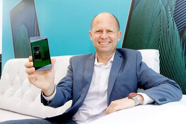 Motorola dará la pelea a Samsung y Huawei