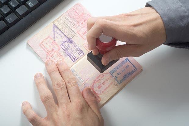 Migración agilizará entrada y salida de turistas