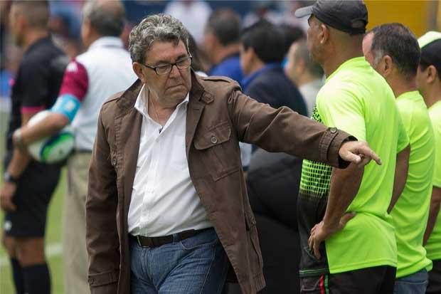 Guilherme Farinha es cesado como técnico de Carmelita