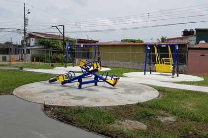 Parque infantil albergará juegos para niños con discapacidad