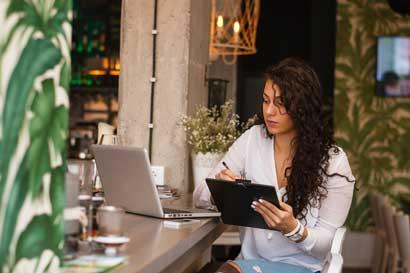 Costa Rica contará con registro único de micro y pequeñas empresas de mujeres