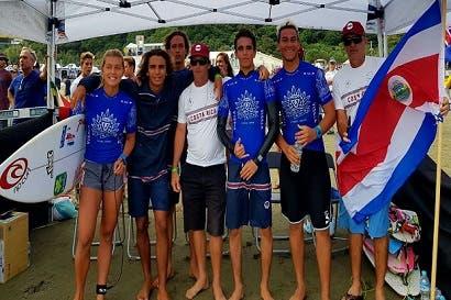 Costa Rica logra por segundo año consecutivo medalla grupal en Mundial de Surf