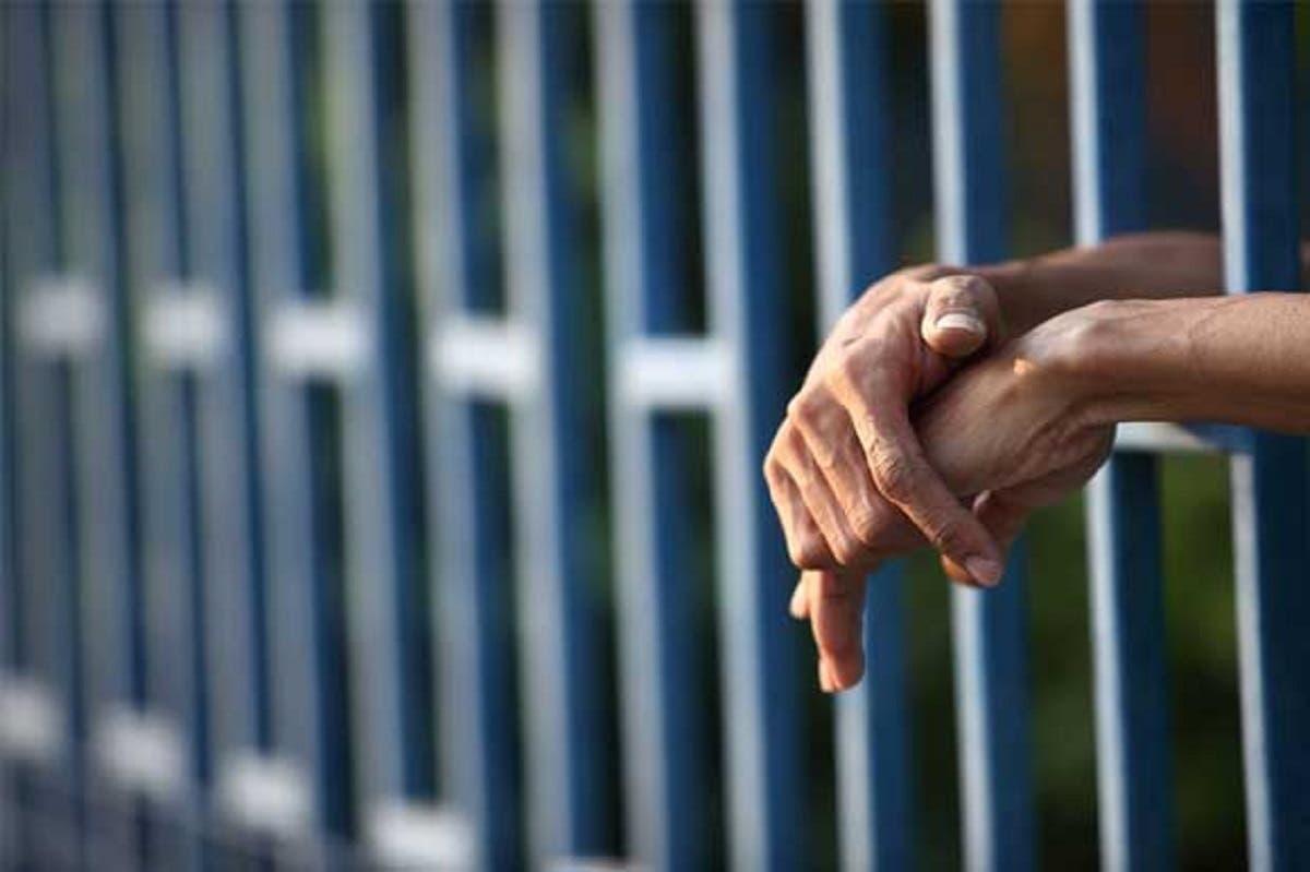 Candidatos presidenciales irán a la cárcel a debatir