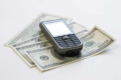 Apertura de tarifas móviles trae más riesgos que beneficios, según expertos del TEC
