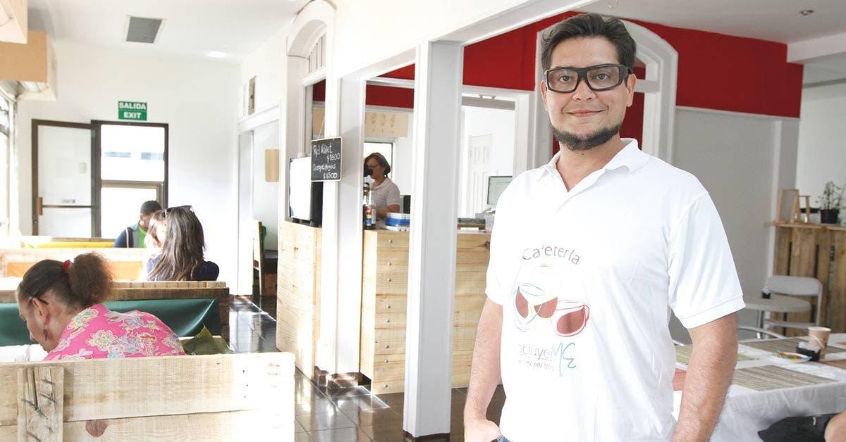 Cafetería rompe esquemas sociales en el centro de San José
