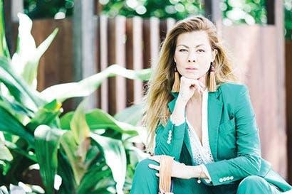 Stefani De La O llevó sus diseños sostenibles a París
