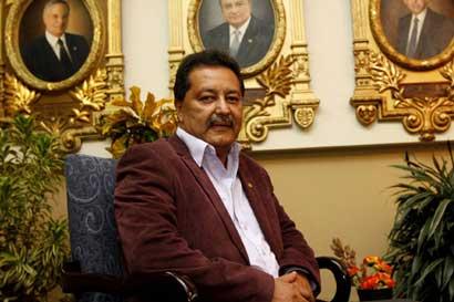 Fiscalía investigará a diputados Morales Zapata y Guevara por tráfico de influencias