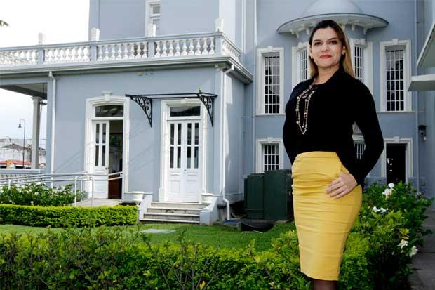 Diputada solicita salida de viceministro de Hacienda