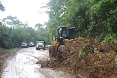 Estas son las rutas afectadas por fuertes lluvias