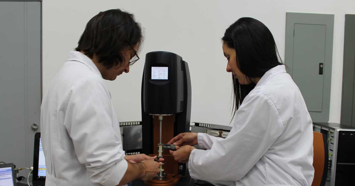 Universitarios pueden postularse por beca en ciencia