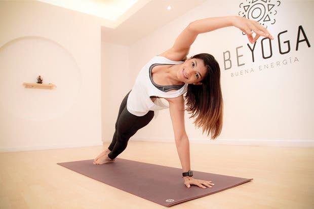 Ingeniera convirtió yoga en oportunidad de negocio
