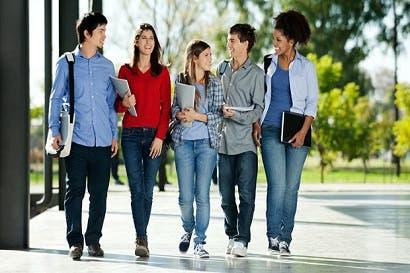 Ulacit dará becas del 100% a estudiantes sobresalientes