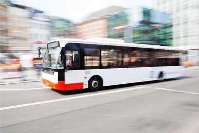 Cinco empresas mantienen suspendido el servicio de autobus