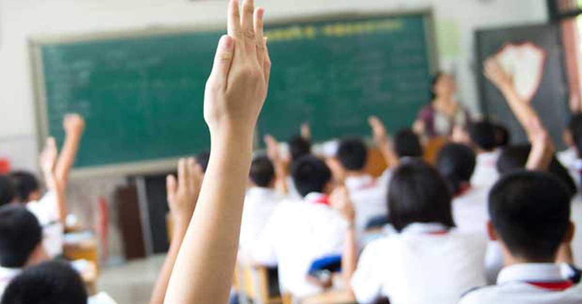 Estudiantes de 11 cantones más regresarán a clases mañana