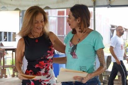 Justicia firma convenio para mejorar trato a privados de libertad transexuales
